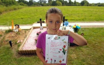 Nine-year-old's letter to thieves who stole treasured keepsakes from her baby sister's grave
