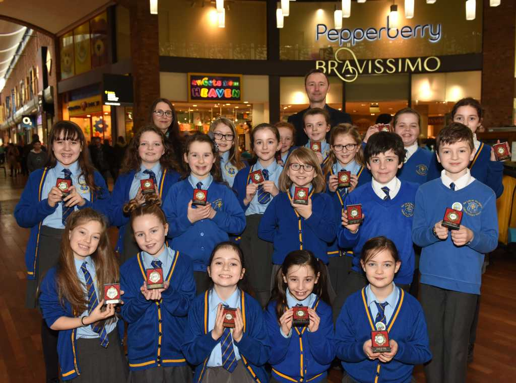 Our Lady Of The Wayside >> Songs Of Praise For Our Lady Of The Wayside School Choir Solihull